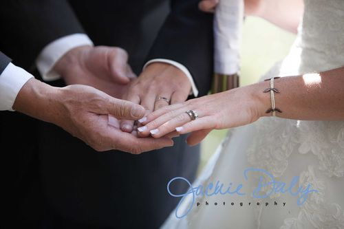 aspen wedding photography T Lazy 7 Ranch closeup of rings